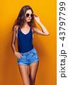 流行 女性 ファッションの写真 43797799
