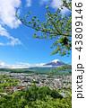 富士山 春 新緑の写真 43809146