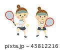 テニスをする女性 43812216