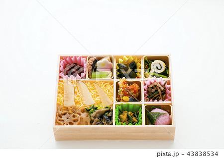日本の弁当、彩り弁当、筍ご飯 43838534