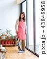 掃除 女性 家電の写真 43848958
