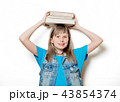 young teenage girl with books 43854374