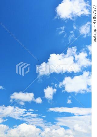 北海道 夏の青空 43867577