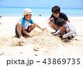 海水浴 ビーチ 砂遊びの写真 43869735