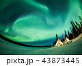 イエローナイフ オーロラ 夜景の写真 43873445