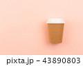 テイクアウト コップ コーヒーの写真 43890803