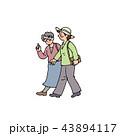 仲良く出かけるおばさん 43894117