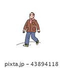 散歩に出かけるお父さん 43894118