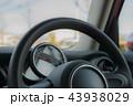 自動車 乗用車 メーターの写真 43938029