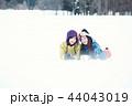 スキー場の女性 44043019