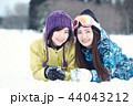 スキー場の女性 44043212