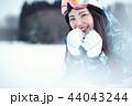 スキー場の女性 44043244