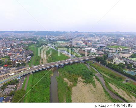 新浅川橋〜ドローンで空撮(東京都八王子市大和田町) 44044599