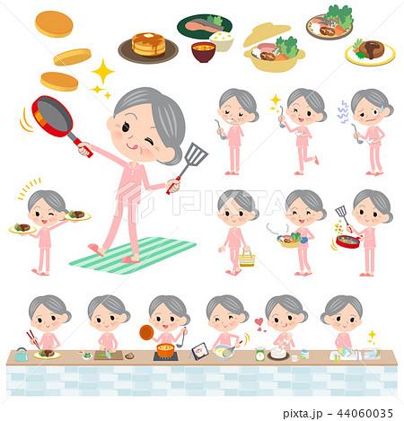patient senior women_cooking 44060035
