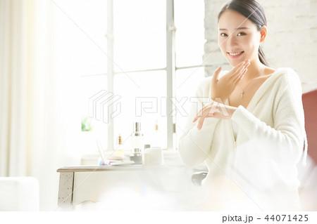 女性 ビューティーイメージ 44071425