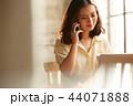 ビジネス 女性 カフェ 44071888