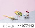 亥の人形と鶴亀の水引 44077442