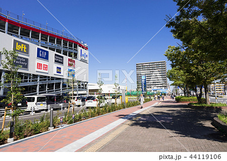 名古屋市港区都市風景 ららぽーと名古屋みなとアクルス前 44119106