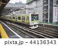 【山手線 E231系 新橋駅】 44136343