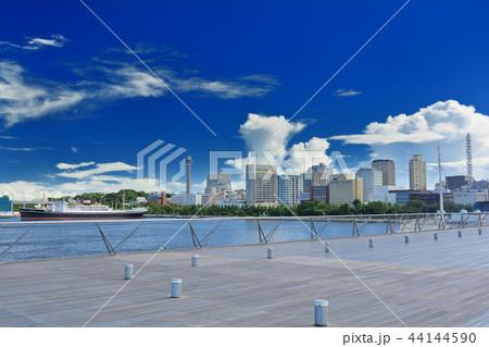 横浜・大さん橋 44144590