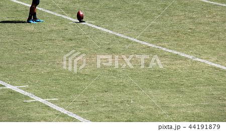 アメリカンフットボール フィールド 44191879