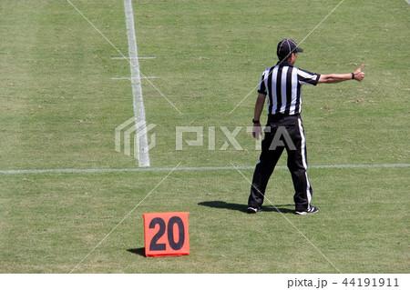 アメリカンフットボール 審判 44191911