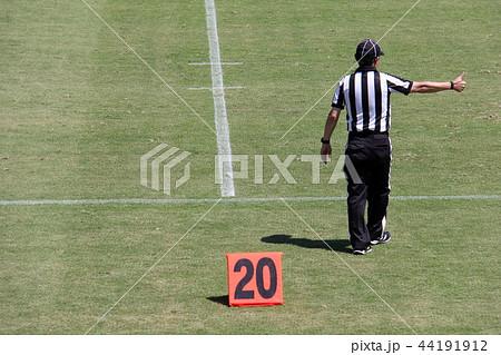 アメリカンフットボール 審判 44191912