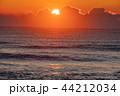 青島 夜明け 海の写真 44212034