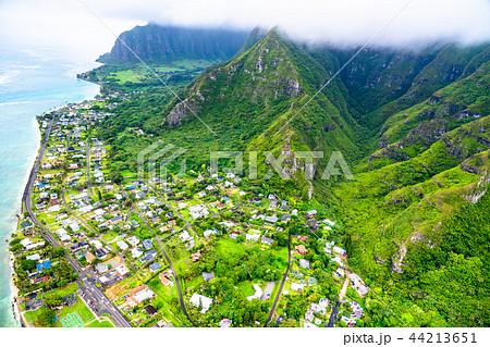 《ハワイ》オアフ島北東・山岳地帯《航空写真》 44213651