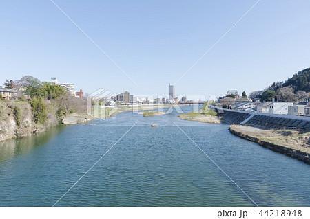愛宕橋から眺める広瀬川の風景 仙台市 44218948