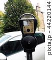 ロンドンのパーキングメーター 44220144