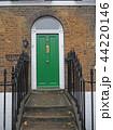 ロンドンの住宅の扉 44220146