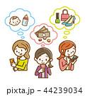 スマホを見る若い女性達 手描き風 44239034