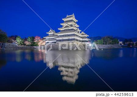 Matsumoto Castle at night in Nagano, Japan 44259613
