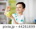 男の子 男児 ブタの貯金箱の写真 44261699