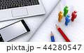 モバイル機器、人型アイコンと文房具 44280547