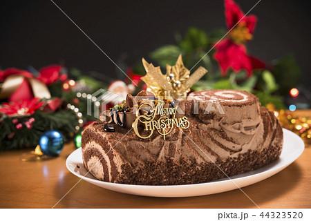 クリスマスケーキ 44323520
