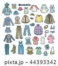 女性の洋服のイラスト 44393342