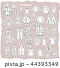 女性の洋服のイラスト 44393349