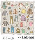 女性の洋服のイラスト 44393409