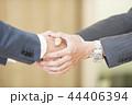握手 ビジネス ビジネスマンの写真 44406394