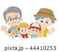 祖父母と孫とペットの猫 夏服 44410253