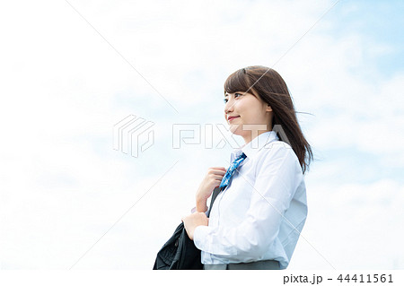 女子高生 高校生 学生 女性 44411561