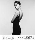 ドレス 女性 メスの写真 44415671