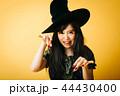 ハロウィン 魔女 コスプレ 日本人 44430400