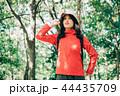 女性 秋 ハイキングの写真 44435709