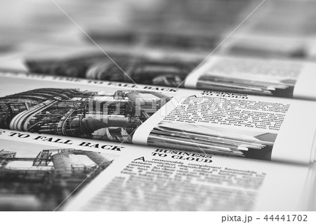 Printing newspapers in typography 44441702