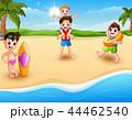 ビーチ 浜辺 少年のイラスト 44462540