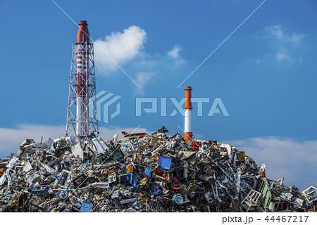 工場と廃棄物 44467217