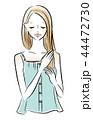 髪を整える女性のイラスト 44472730